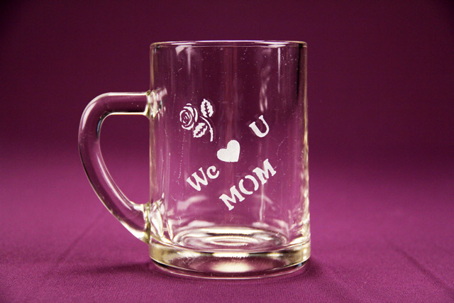 We Love U Mom Mug