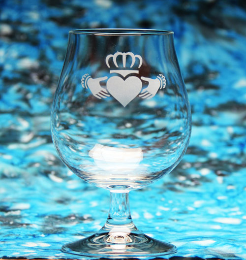 Claddagh Wine Glass