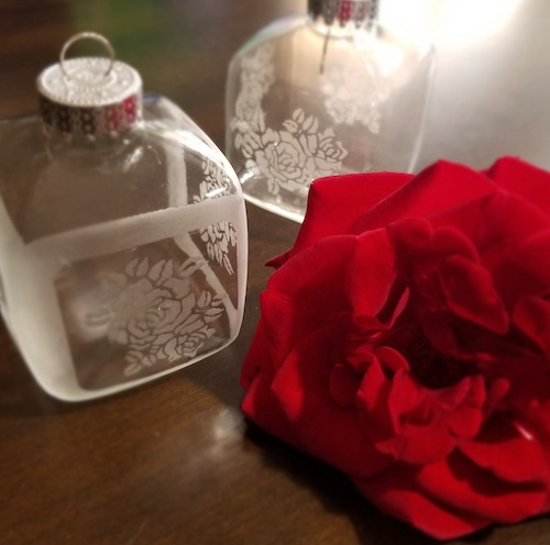 Rose Cube Ornaments